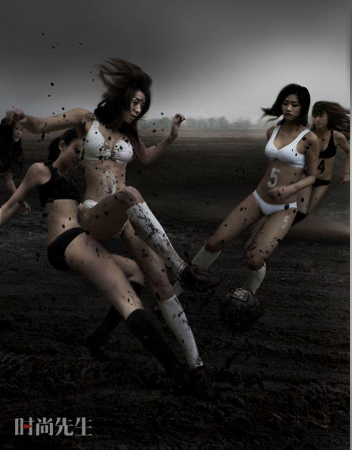 Фото девочка голая в грязи 20 фотография